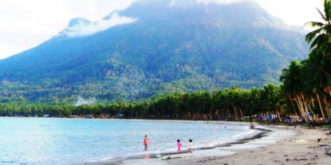 Pantai Tanjung Di Natuna Ini Disebut Sebagai Objek Wisata Masa Depan Apa Saja Kelebihannya Desa Tanjung